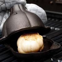 Cast iron garlic roaster